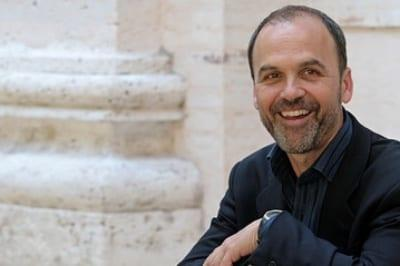 Scott Turow coming to Kauai Writers Conference